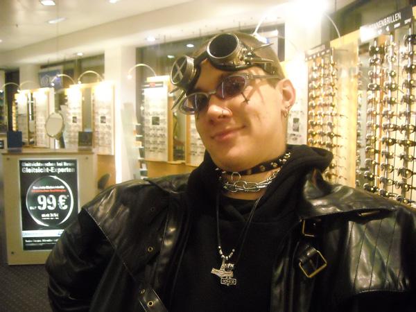 02-01-09-haessliche-brille1